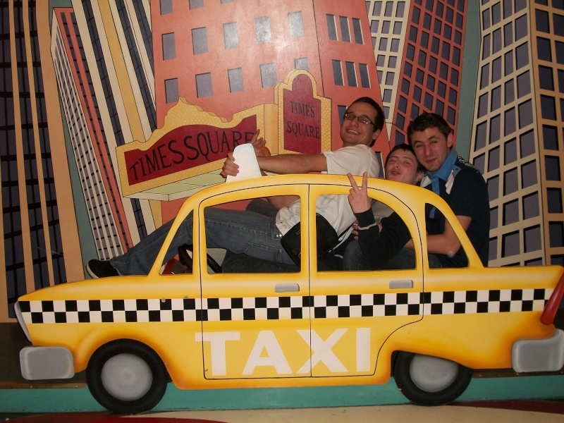 Les voyages au monde de Mickey de Peterpan71 100_0214