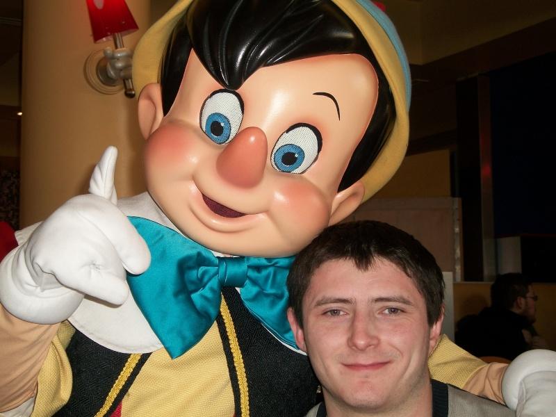 Les voyages au monde de Mickey de Peterpan71 100_0315
