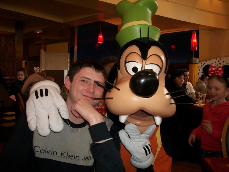 Les voyages au monde de Mickey de Peterpan71 100_0317