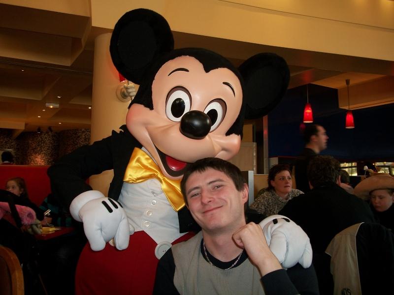 Les voyages au monde de Mickey de Peterpan71 100_0318