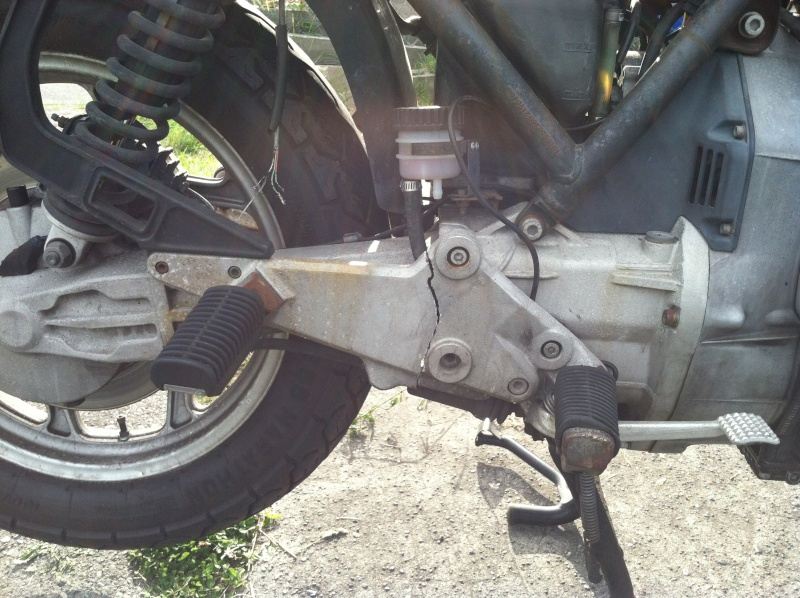 Wanted 1985 K100RT Right Footpeg Plate Img_2210