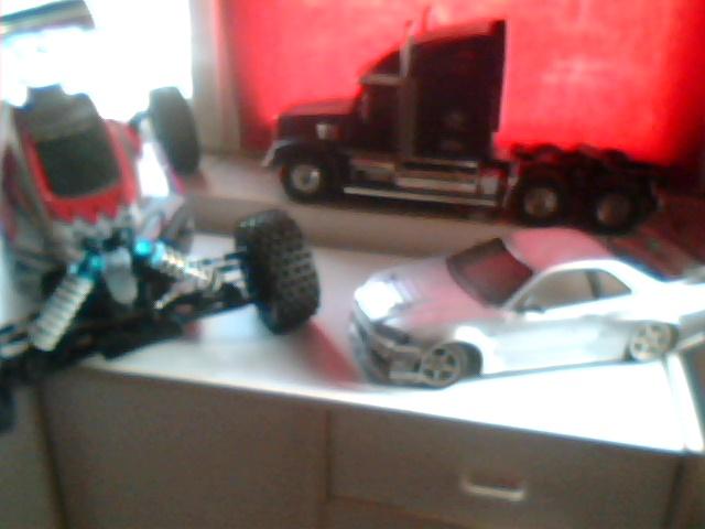 mon petit garage ;) ( désoler pour la qualitée des photos nes meilleurs vont suivre ) Garage20