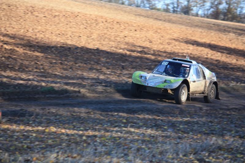 phil - Recherche photos et videos du Phil's car N°109 Img_5211