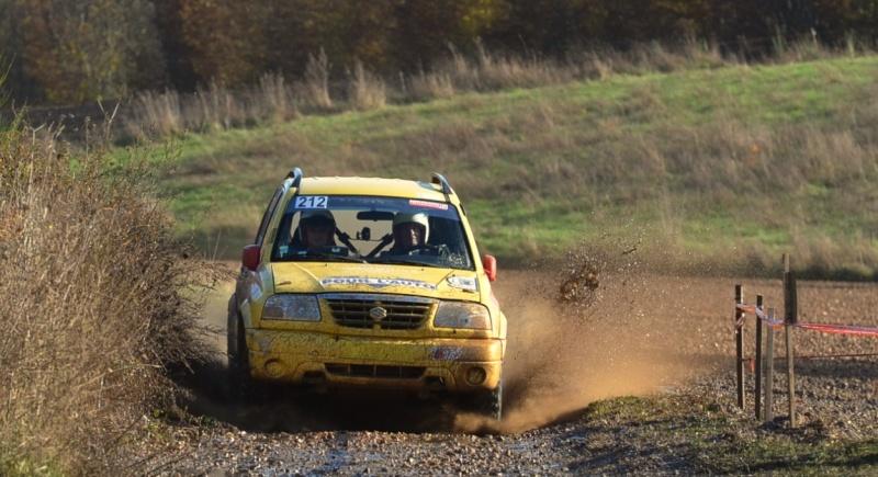 recherche photos du SUZUKI jaune N°212 Triage65