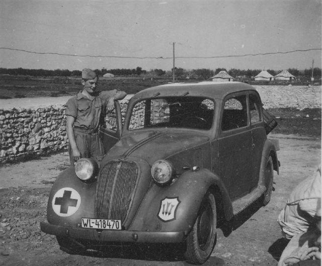 automobile en uniforme - Page 2 385-ns10