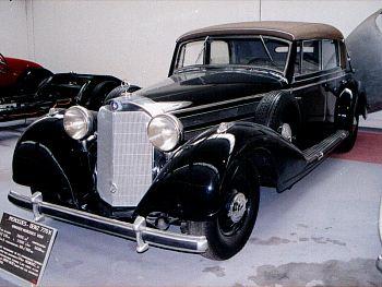 Les Mercedes des années 30/40 Merced12