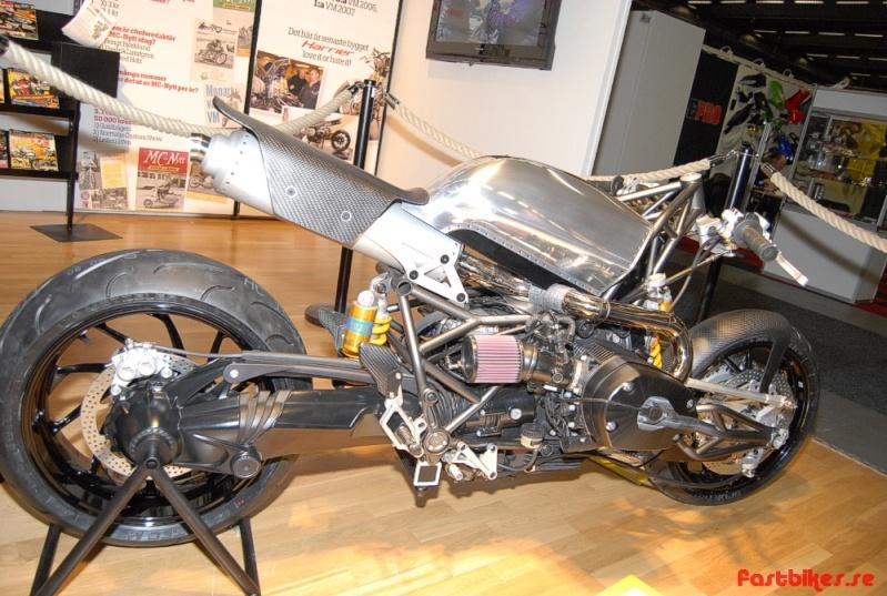 la base est teutonne, la marque Harrier, le concept radical Fb_dsc10