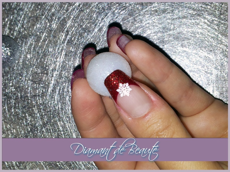 French Manucure aux ongles des mains  Noel-r12