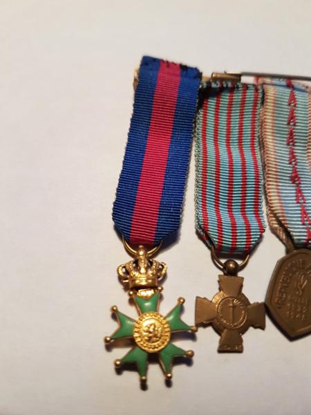 Réduction de médailles +  pucelle Madagascar  20190414