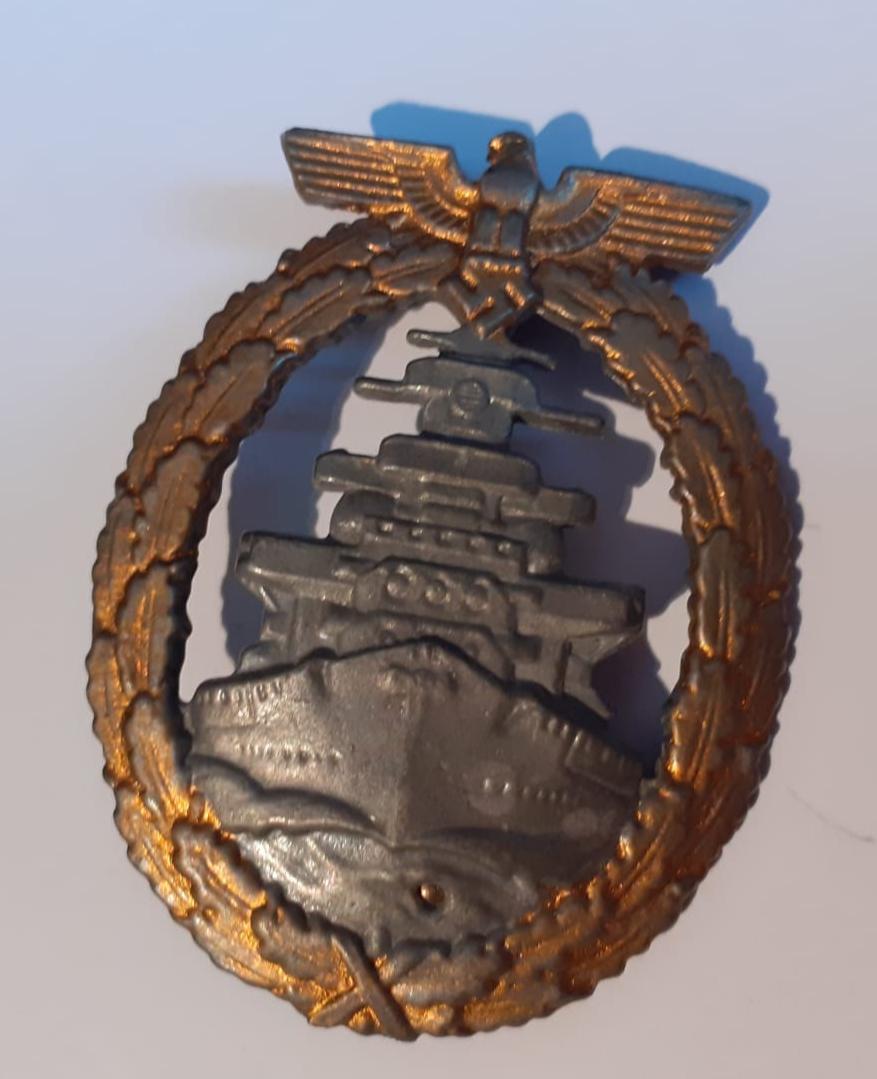 Insignes et médaille allemande W2 20200573