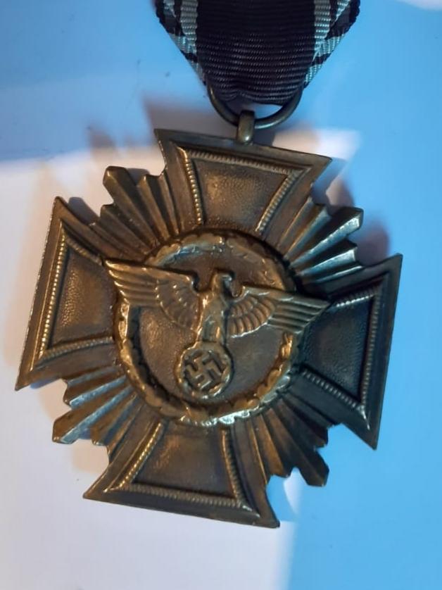 Insignes et médaille allemande W2 20200578
