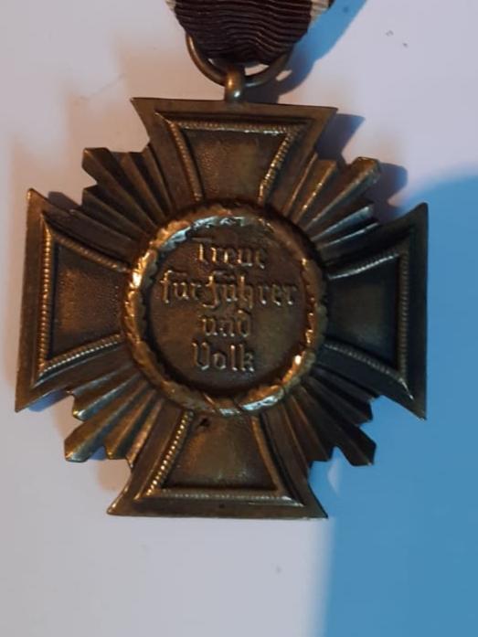 Insignes et médaille allemande W2 20200579