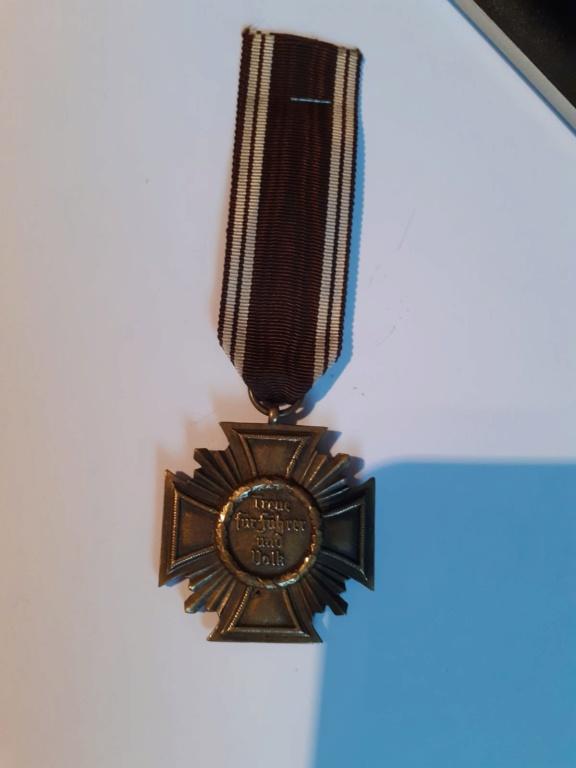 Insignes et médaille allemande W2 Img-2104
