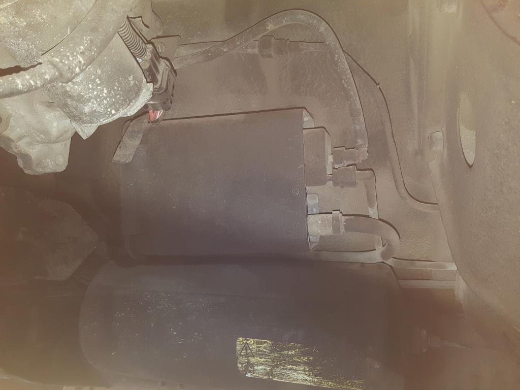 Filtre essence sur P38 4l 2001 20181012
