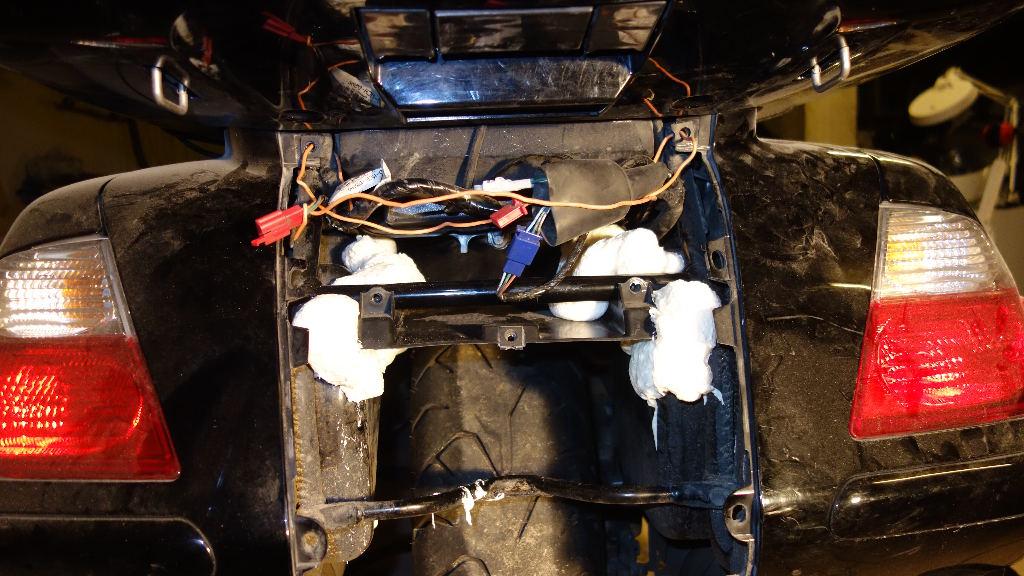 La GL Orangina: audio / full LEDs / angel eyes / feux trottoir / pare-brise électrique / TMPS / voltmètre... 10417