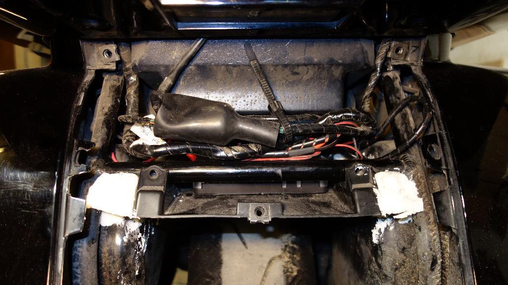 La GL Orangina: audio / full LEDs / angel eyes / feux trottoir / pare-brise électrique / TMPS / voltmètre... 11814