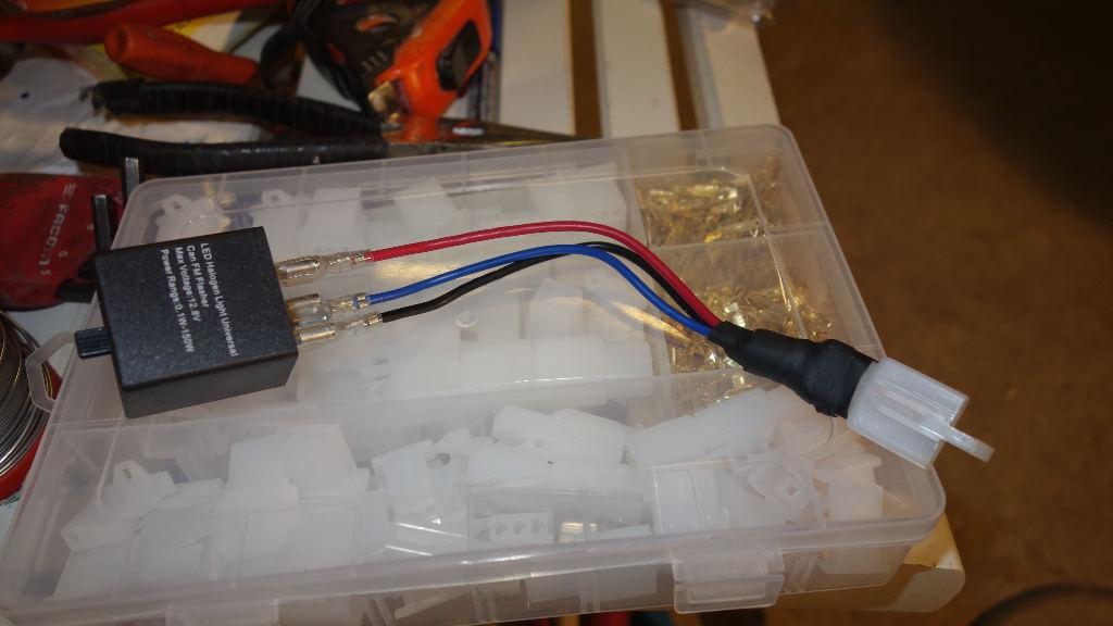 La GL Orangina: audio / full LEDs / angel eyes / feux trottoir / pare-brise électrique / TMPS / voltmètre... 12610