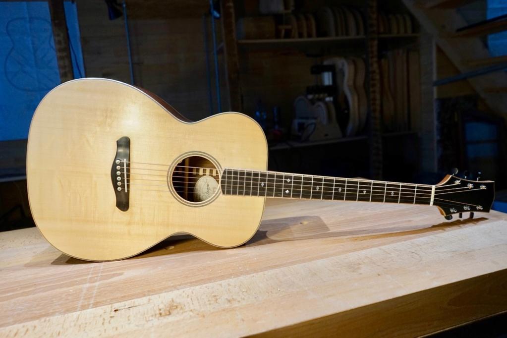 OM luthier neuve à 1850 euros??? Folk-o10