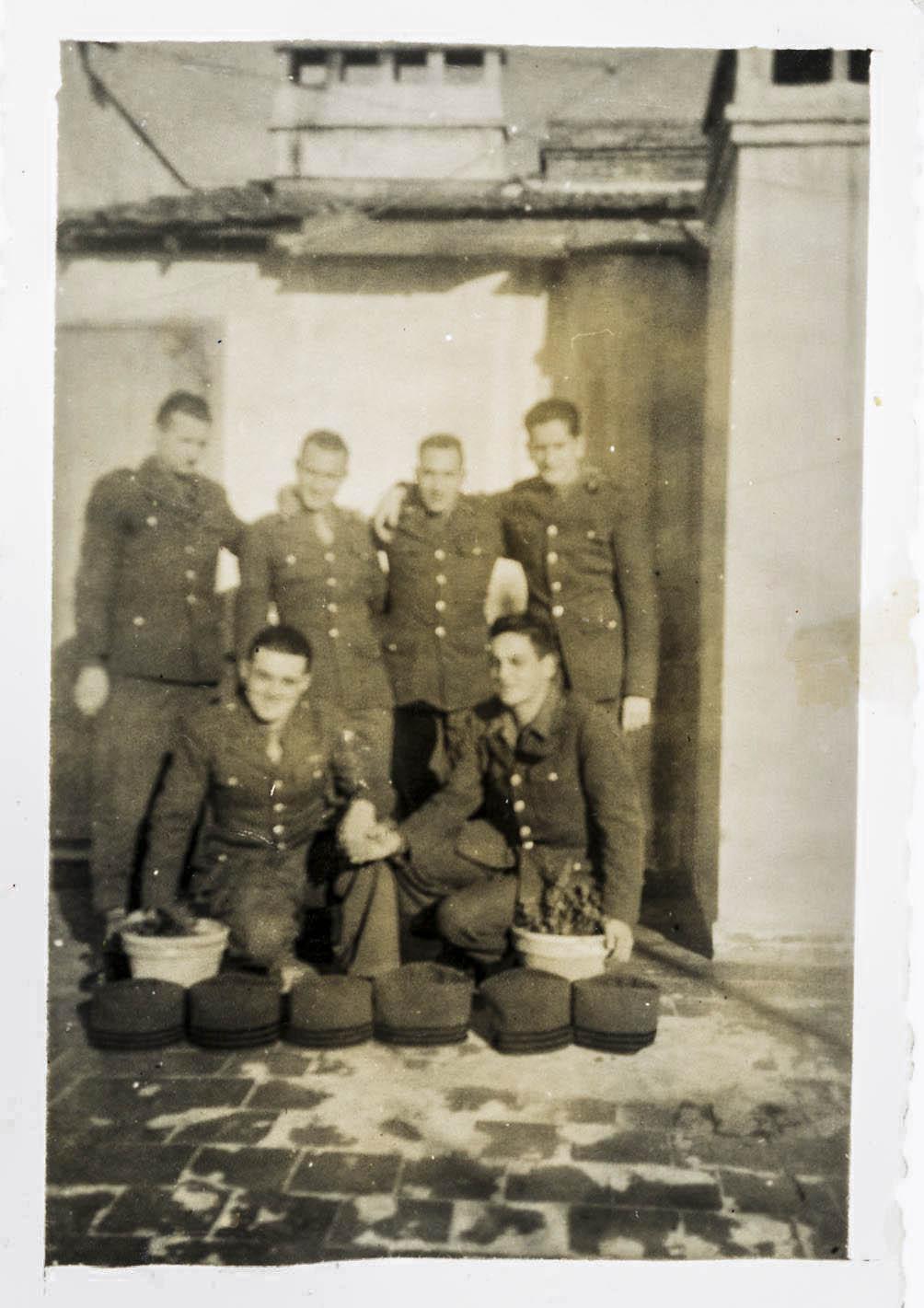 Est ce des uniformes portés par la 2ème DB 1943_116