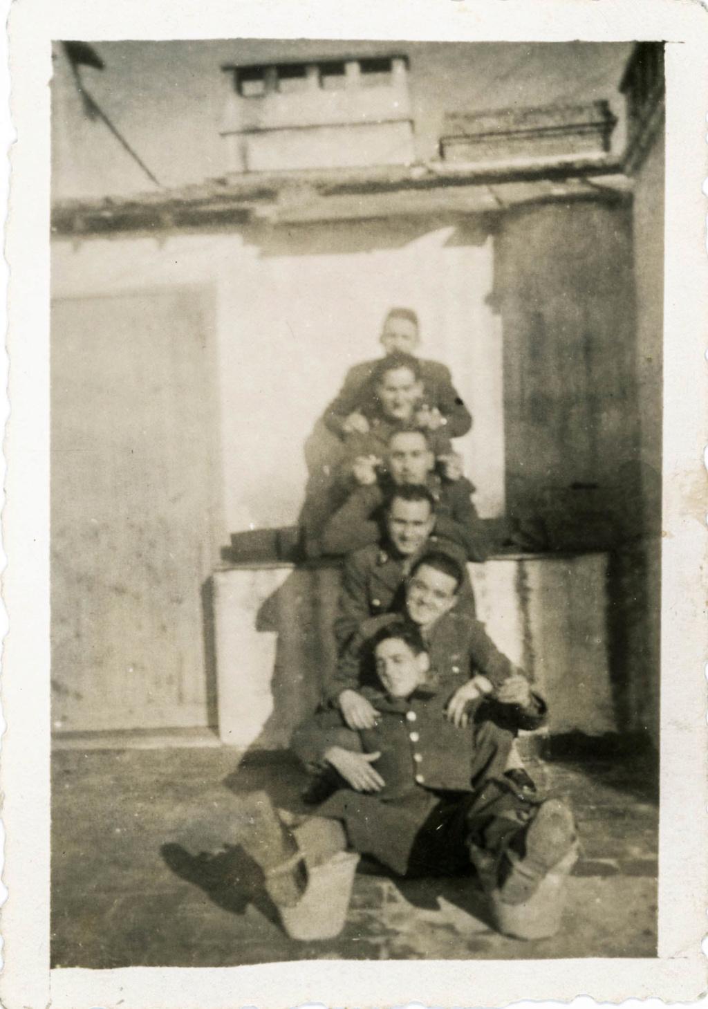Est ce des uniformes portés par la 2ème DB 1943_117