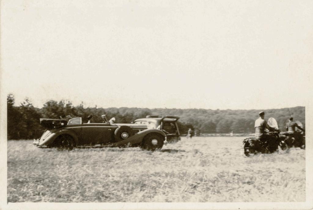 Les voitures du Général LECLERC 1945_010