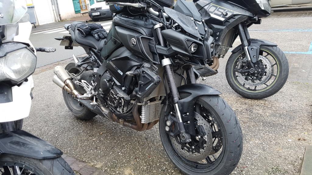 Ma black 2018 Mt10_s10