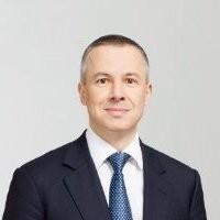 ABOUT Dr. Adrian Künze 2001 bis 2003 Goldman Sachs Frankfurt / Family Offices  Adrian30