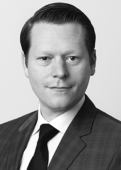 UBS AG Bank ESB Marketing Netzwerk Finanberatung / Finanzlösungen Europaallee 21 CH-8098 Zürich Adrian32