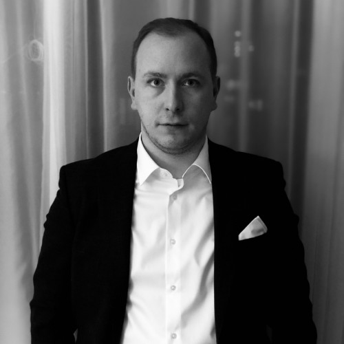 Daniel Urban   Head Compliance and Sanctions, Data Protection Officer Zürich Area, Switzerland  Daniel14