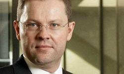 CH & Cie. Digital in Privat Banking Jürg Zeltner UBS Wealth Management Europe  Jzrg_z11