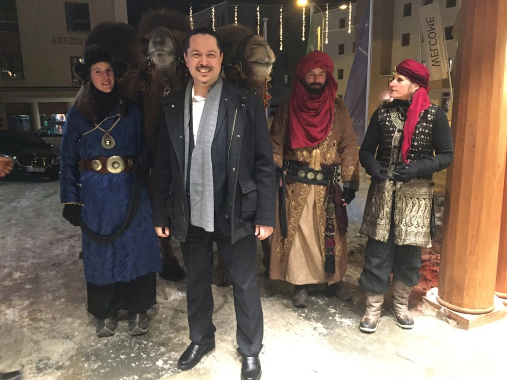 Omar Lahyani SWISS ARAB NETWORK Omar_l10