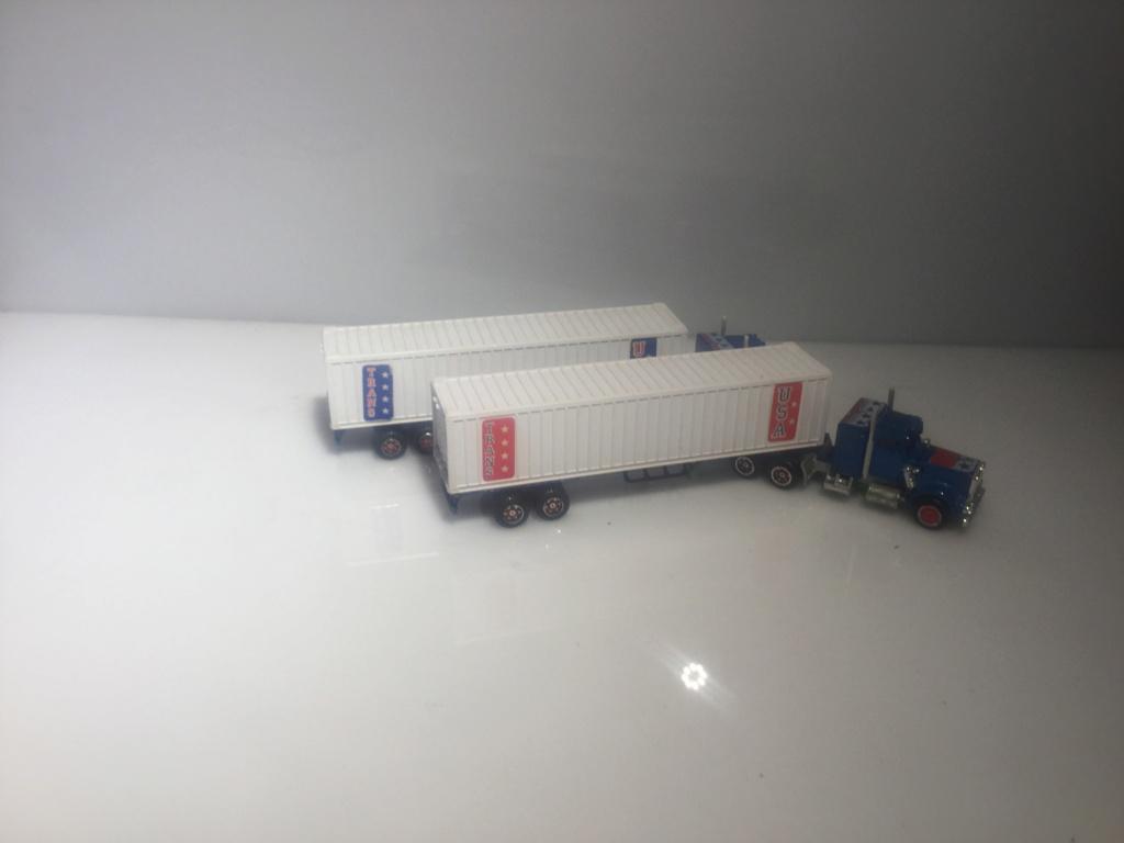 N°603 Kenworth Semi-Container (Version Ondulée) 82888310