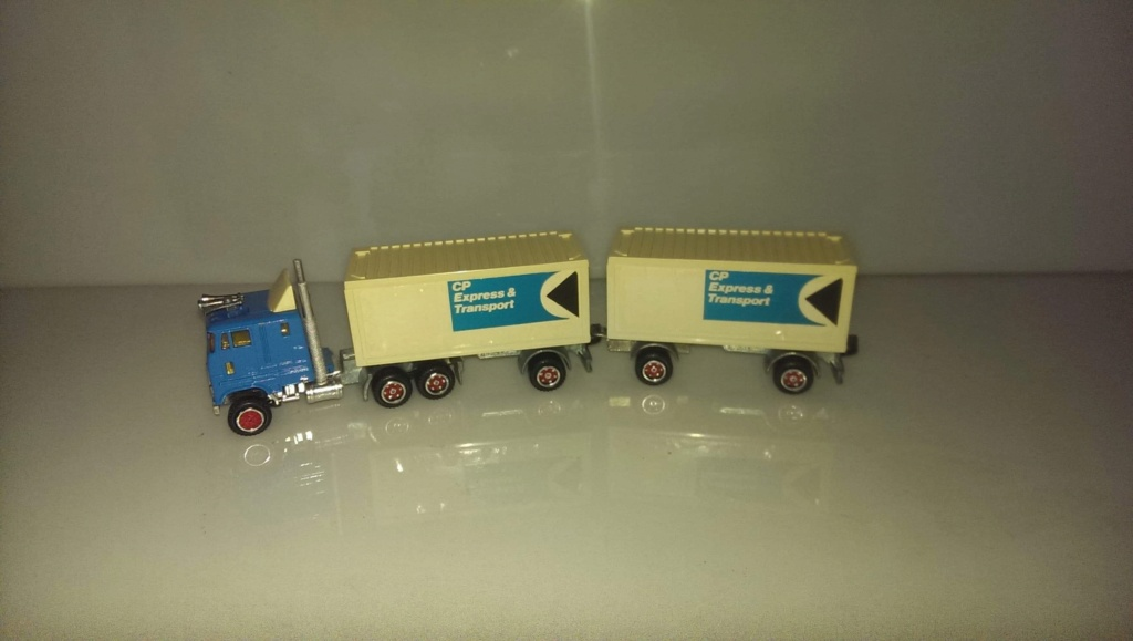 N°607 Ford + Semi Bi-Train Container  ( version lisse ) B5377f10
