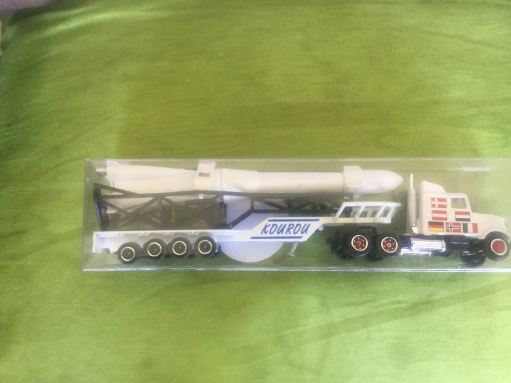 N°610 White Transport Fusée   Ddec8810
