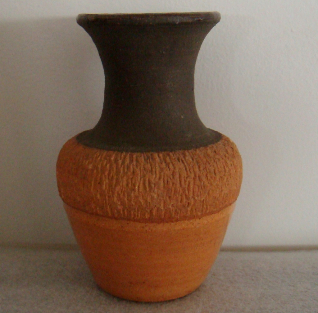 Steenstra Mini Pipe & Brick clay vase Dsc09210