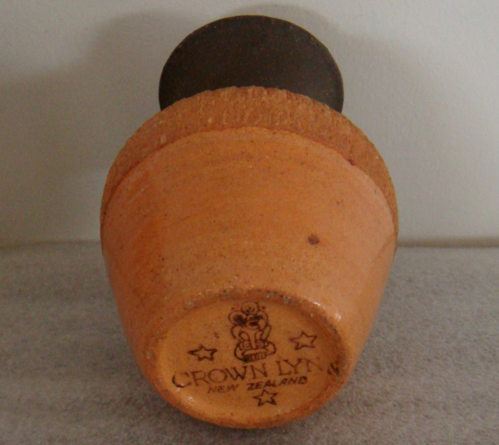 Yet another Mini rhodes vase Dsc09211