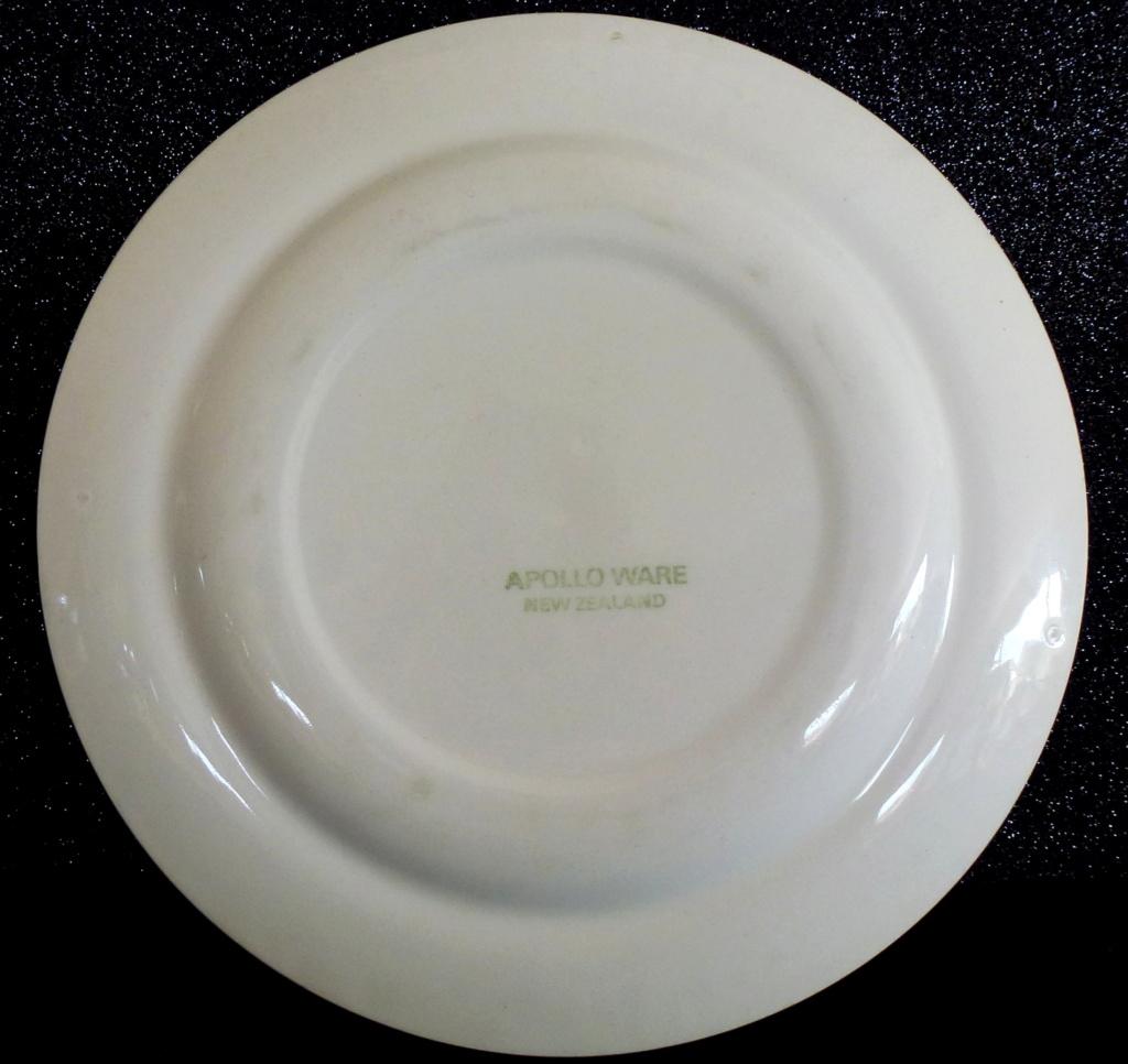 Apollo Crown Lynn Tableware P1040711