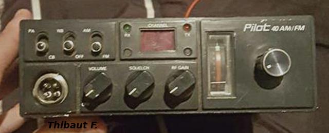 Pilot 40 AM/FM SP-852 (Mobile) -pilot10