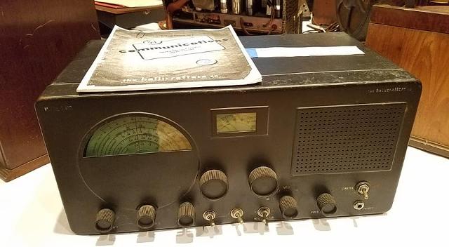 Radio... (non identifié) & TSF - Page 4 10128110