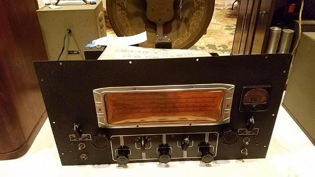 Radio... (non identifié) & TSF - Page 4 10662110