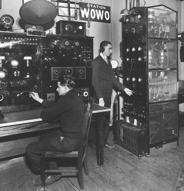 Radio... (non identifié) & TSF - Page 9 12190910