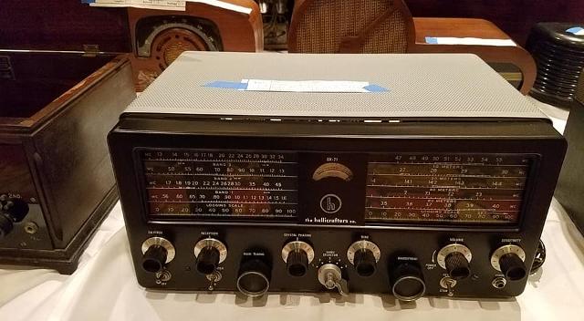 Radio... (non identifié) & TSF - Page 4 16644511