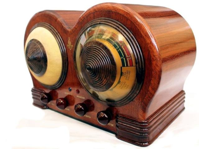 Radio... (non identifié) & TSF - Page 13 1938_e10