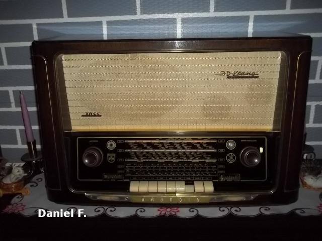 Radio... (non identifié) & TSF - Page 14 39233110