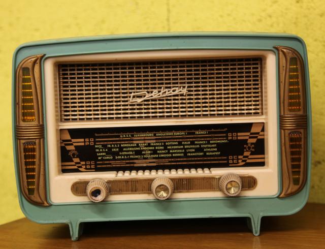 Radio... (non identifié) & TSF - Page 12 4autor11