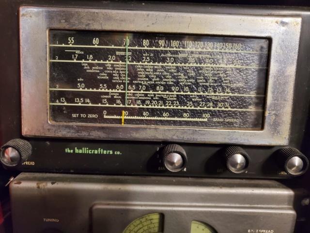 Radio... (non identifié) & TSF - Page 13 50567910