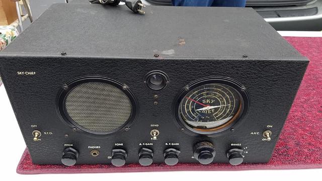 Radio... (non identifié) & TSF - Page 4 52358910