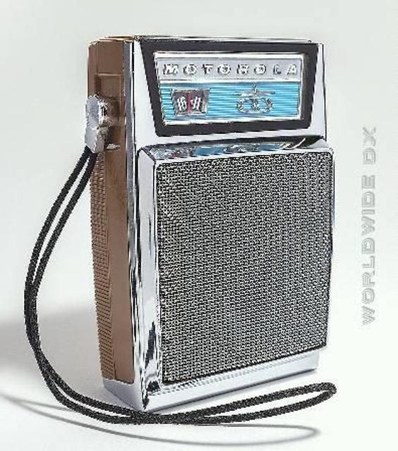 Radio... (non identifié) & TSF - Page 11 52527210