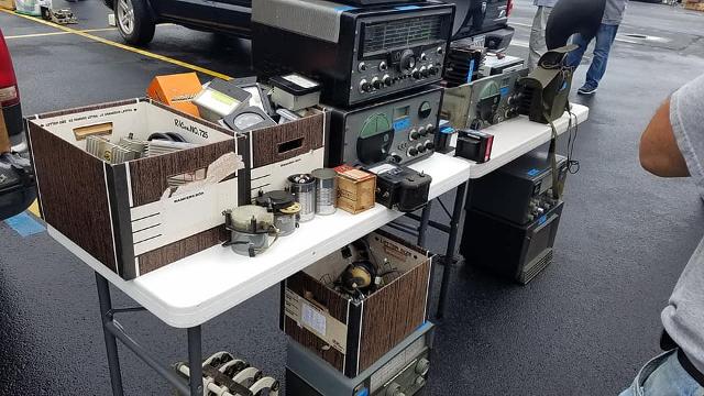Radio... (non identifié) & TSF - Page 5 58321210
