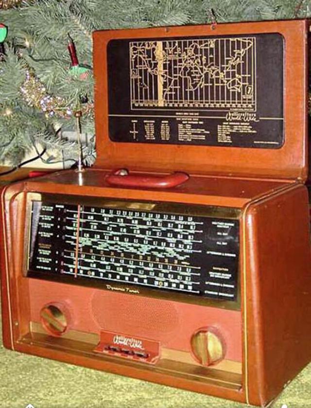 Radio... (non identifié) & TSF - Page 12 84165610
